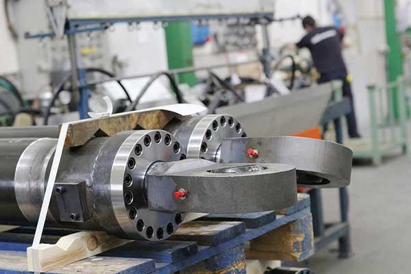 Atelier reparatie cilindri hidraulici